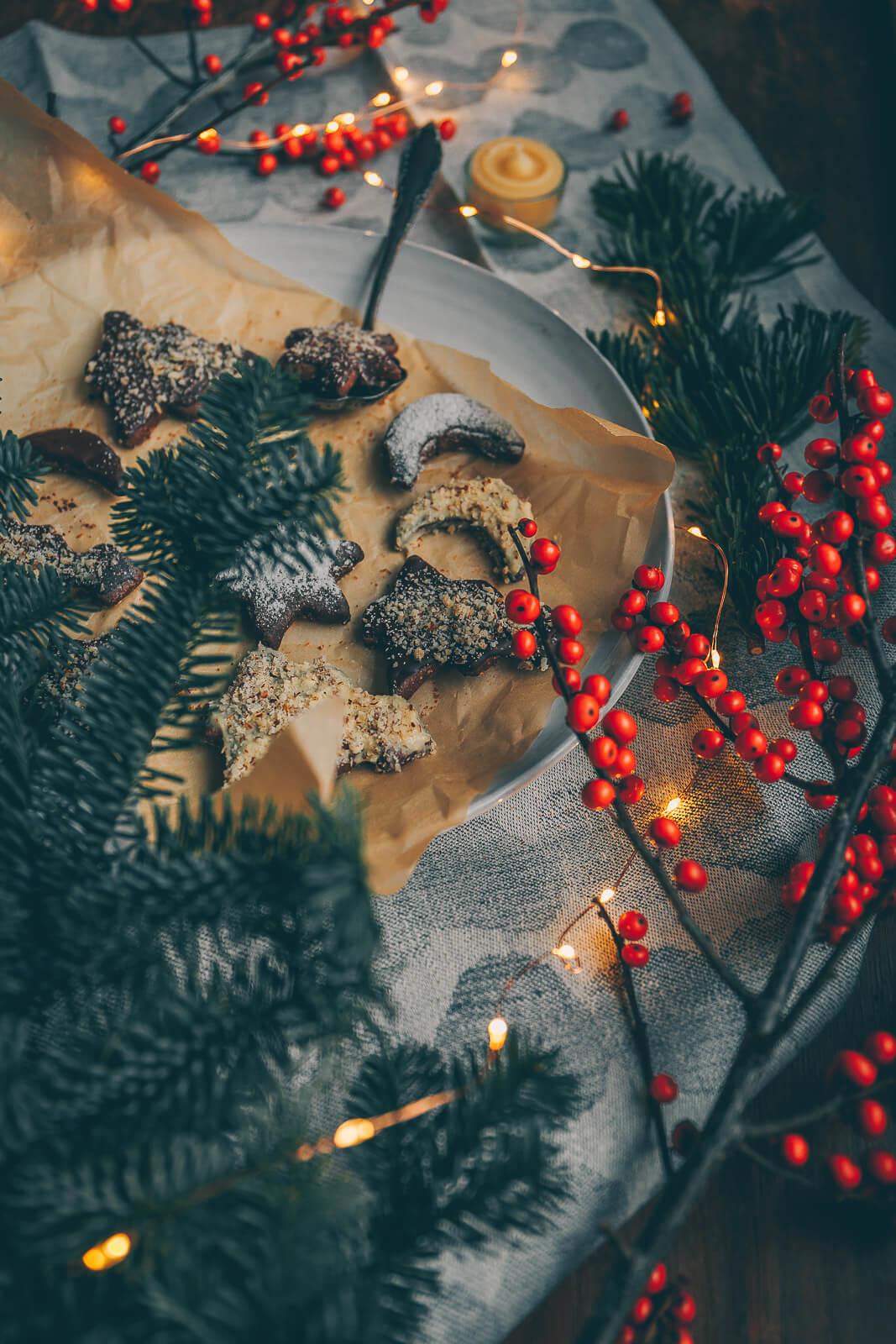 Schoko-Kekse, Schokoladenkekse vegan, vegane Kekse, vegane Weihnachtskekse, vegane Kekse ausstechen, vegane Cookies, vegane Ausstechkekse, vegane Plätzchen, Schoko Plätzchen vegan
