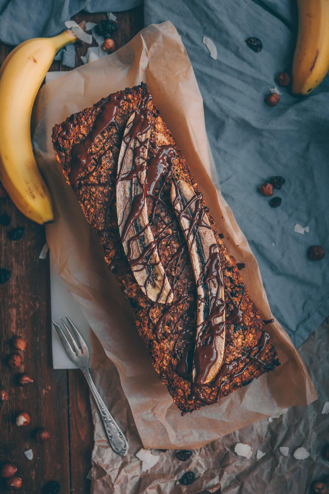 Bananenbrot, Bananenbrot, Lebensmittelverschwendung, Bananen retten Rezept, viele Bananen aufbrauchen, Rezept Bananenbrot vegan, veganes Bananenbrot, Bananenbrot Rezept viele Bananen, Bananen Kokos Cranberrys Rezept, Rezept Bananenkuchen, Bananenkuchen vegan